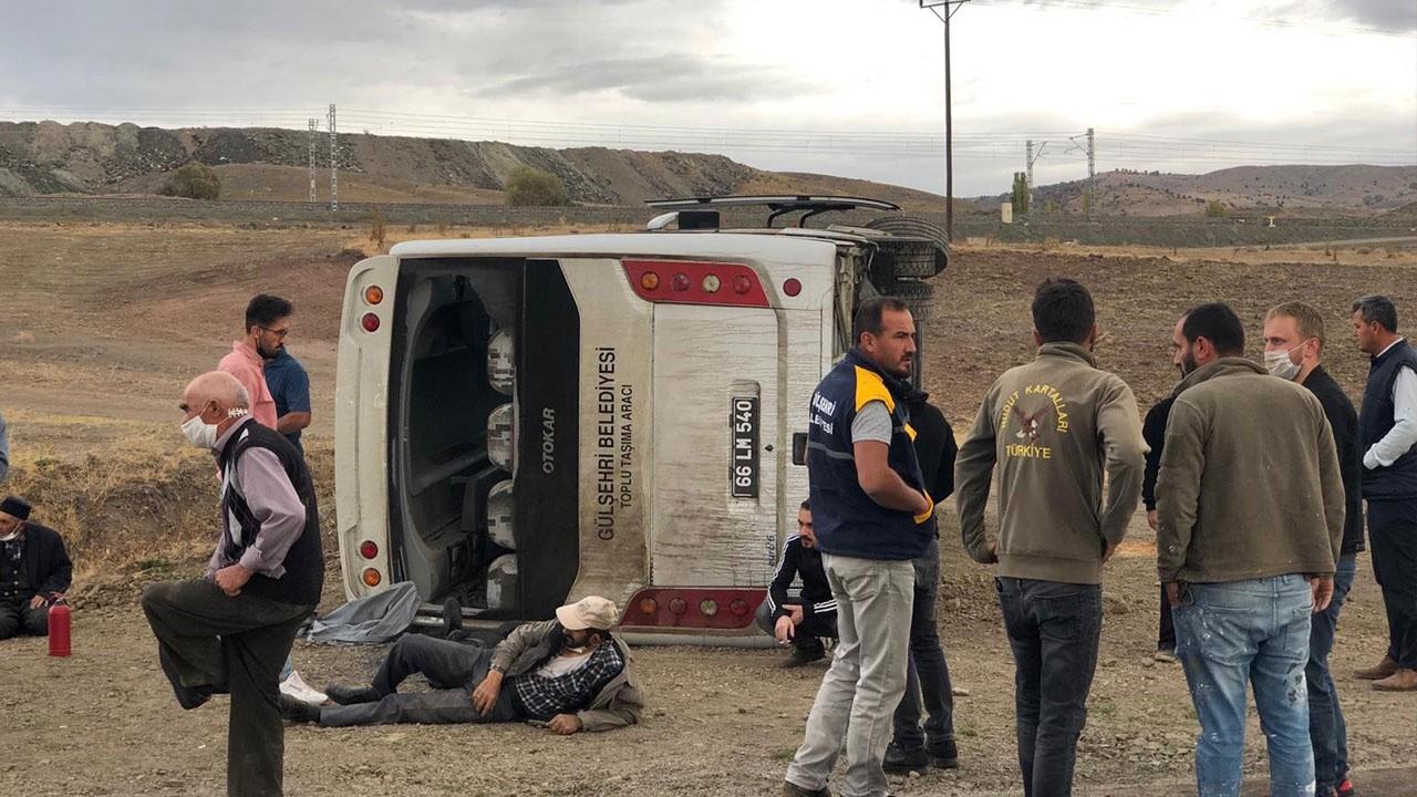 Yozgat'ta otobüs devrildi: Çok sayıda yaralı var!