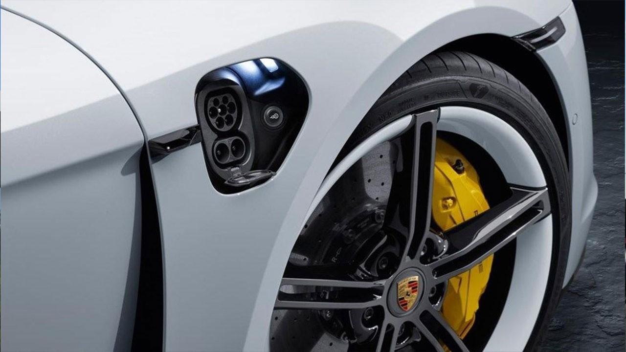 Porsche'nin ilk tam elektrikli modeli Türkiye'de