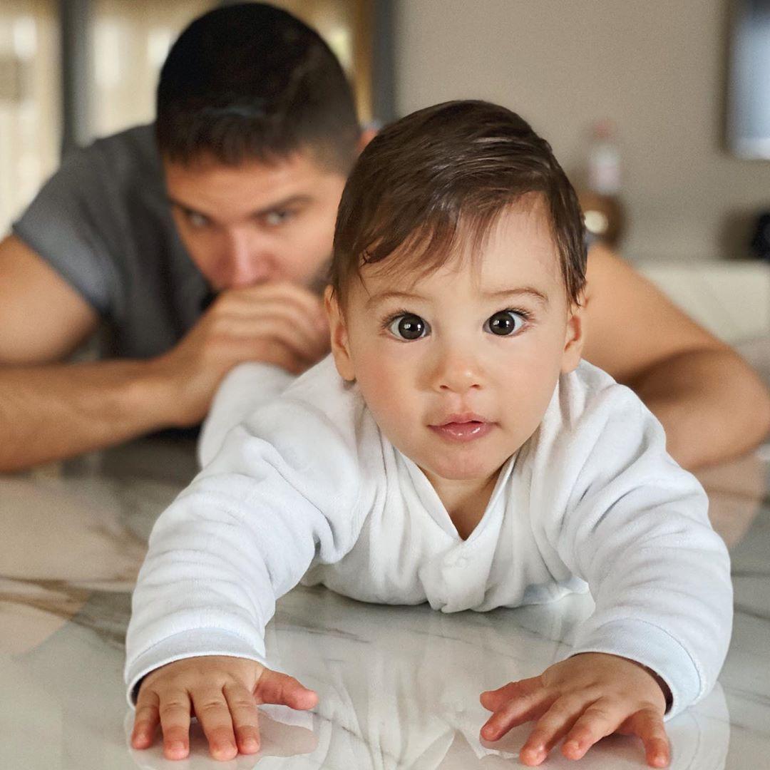 Tolgahan Sayışman Instagram'dan oğluyla çekildiği fotoğrafı paylaştı - Sayfa 2