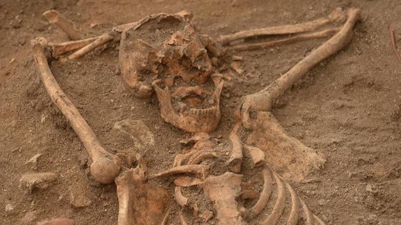 5 bin kişilik toplu mezar bulundu