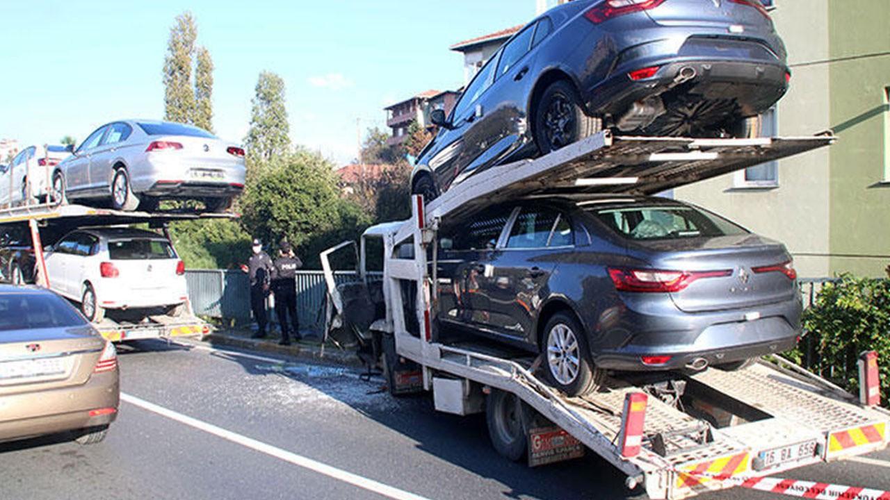 Milyonluk kaza! Araç taşıma kamyonları çarpıştı