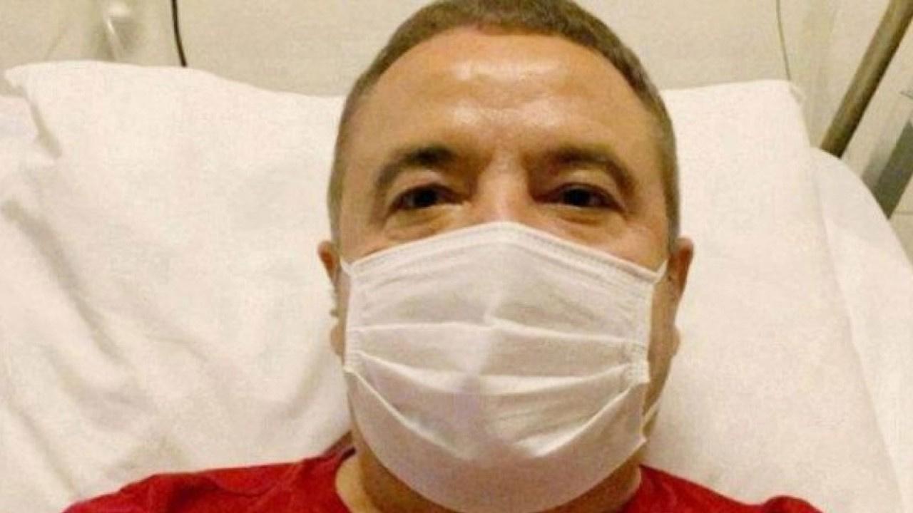 Muhittin Böcek hastaneye kaldırıldı!