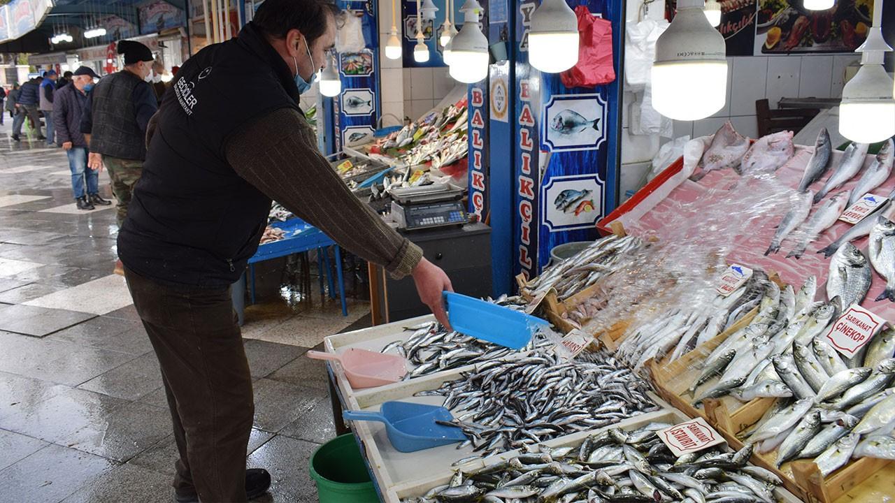 Fırtına balık fiyatını salladı