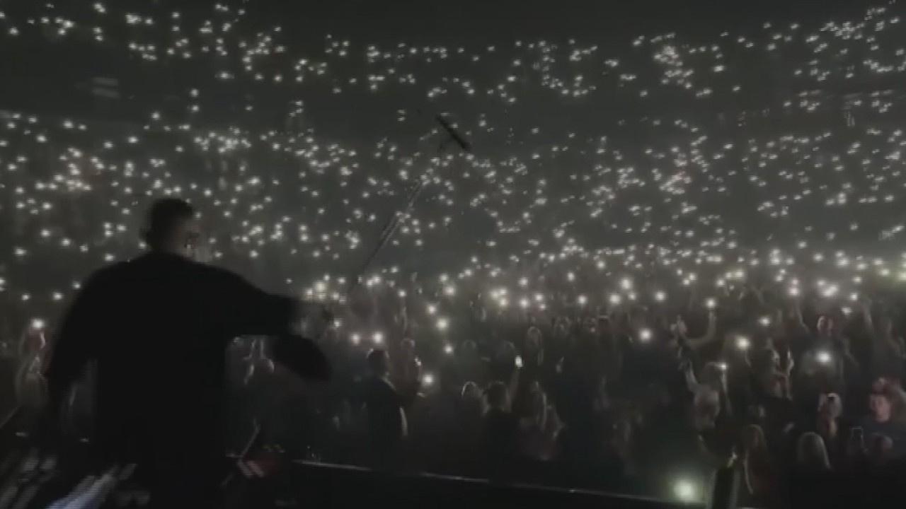 Rusya'daki konserde korona virüs hiçe sayıldı