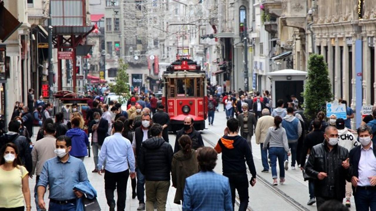 İstiklal Caddesi için 7 bin kişi kuralı