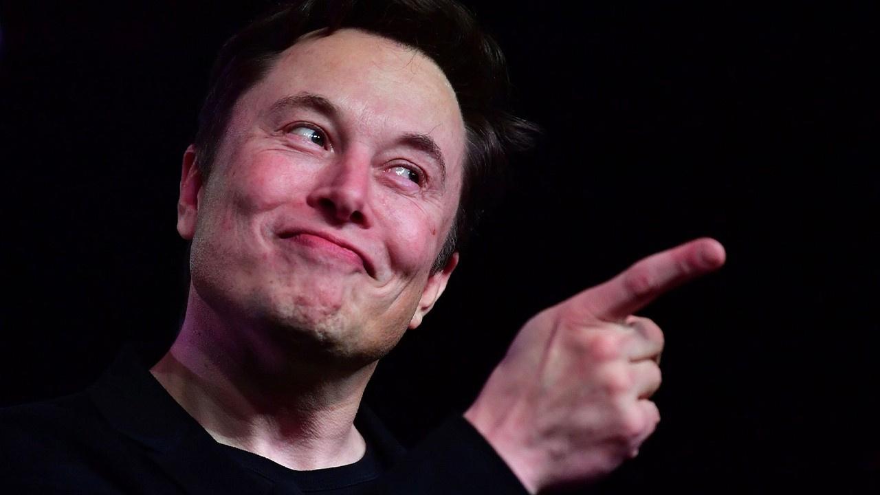 Musk: Tesla'yı Apple'a satacaktım, istemediler