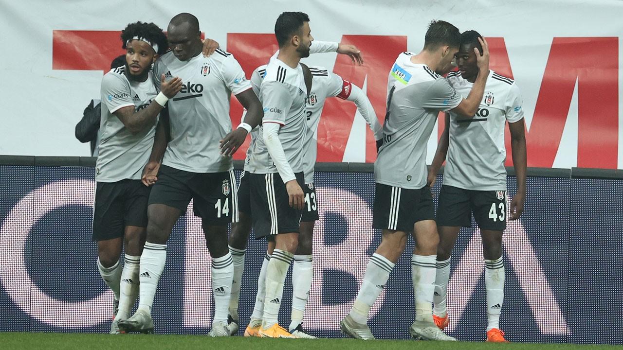 Beşiktaş 3'te 3'ü 3 golle yaptı