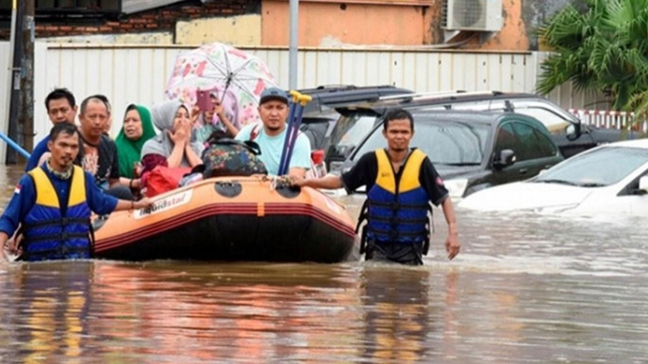 17 bin 648 ev sular altında kaldı