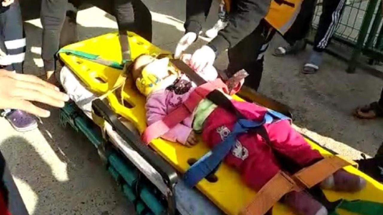 Küçük kız 5. kattan iş yerinin çatısına düştü