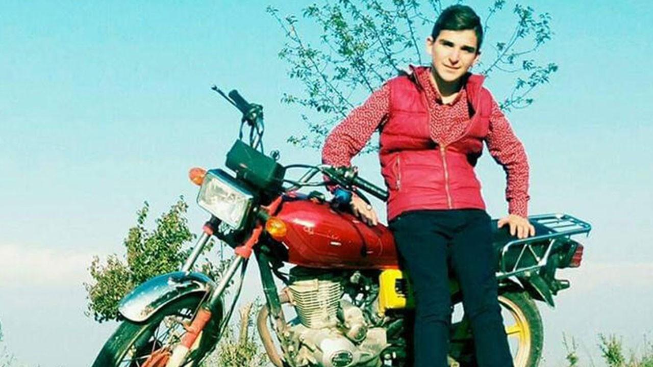Motosiklet tutkusu 19 yaşındaki gencin sonu oldu!