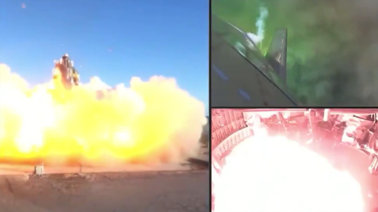 SpaceX'in roketi test sırasında patladı