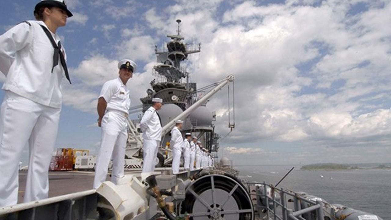 Denizciler Hong Kong bayraklı gemide çalışabilecek
