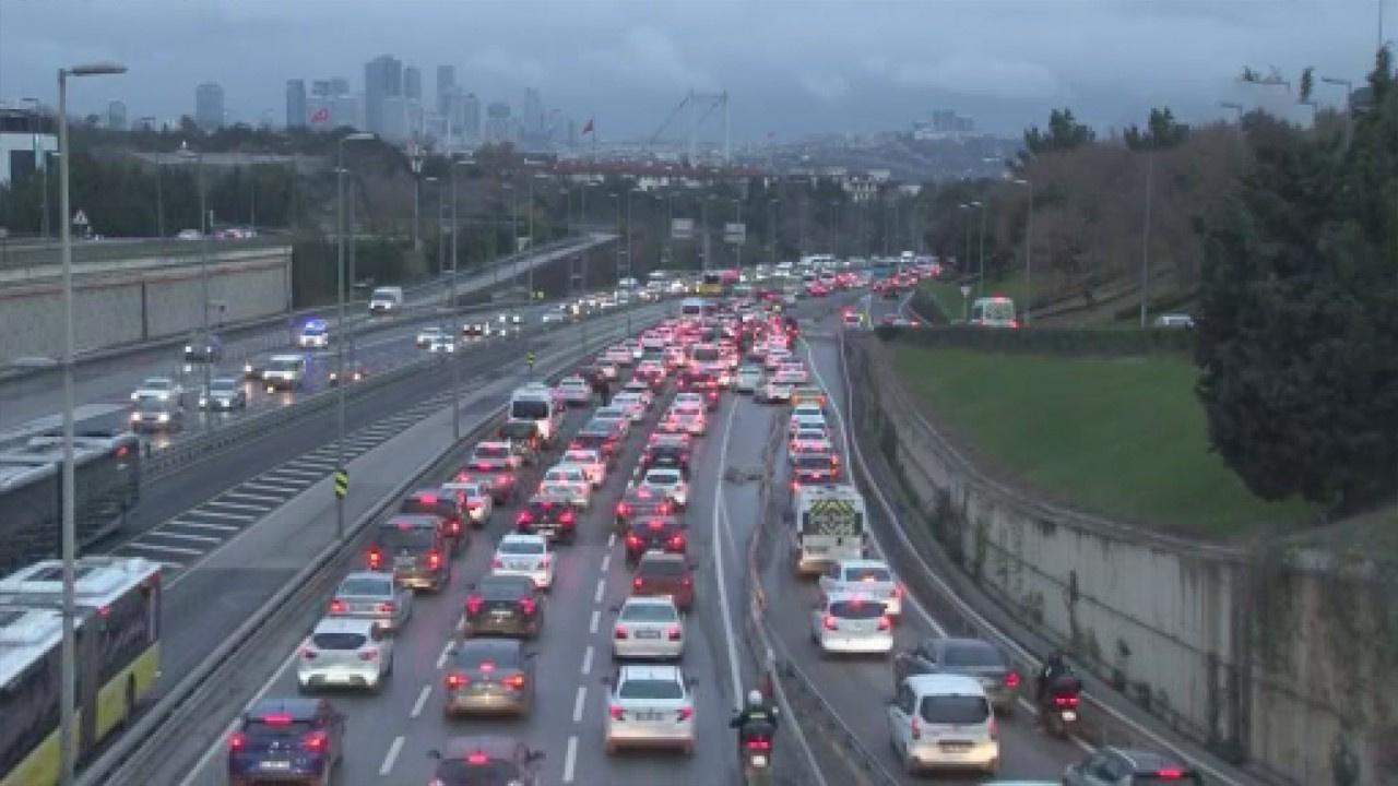 56 saatlik kısıtlama sonrası trafik yoğunluğu