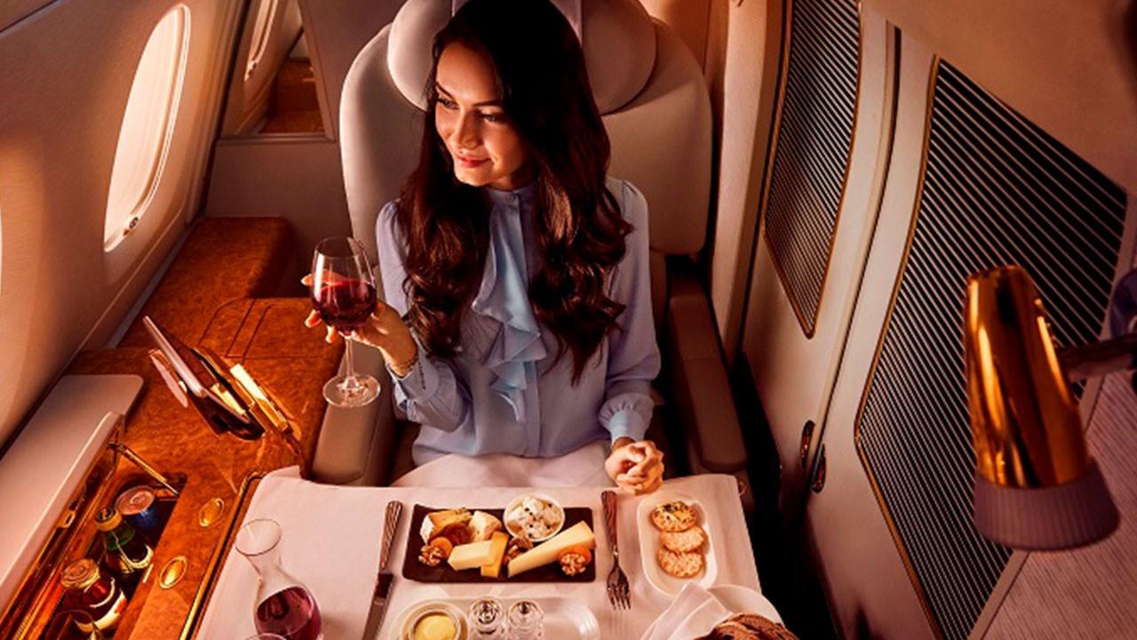 Delta Airlines'e 10 yıl ikram hizmeti sunacak