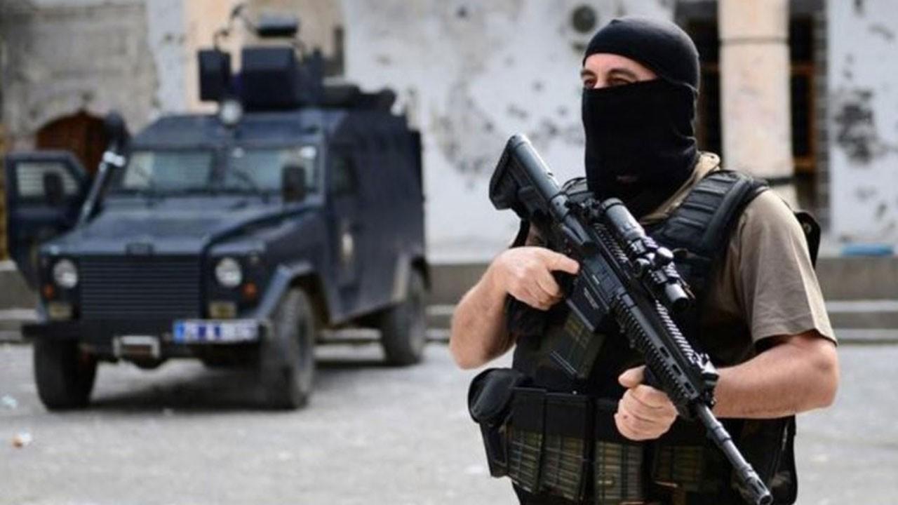 Adana'da şafak baskını