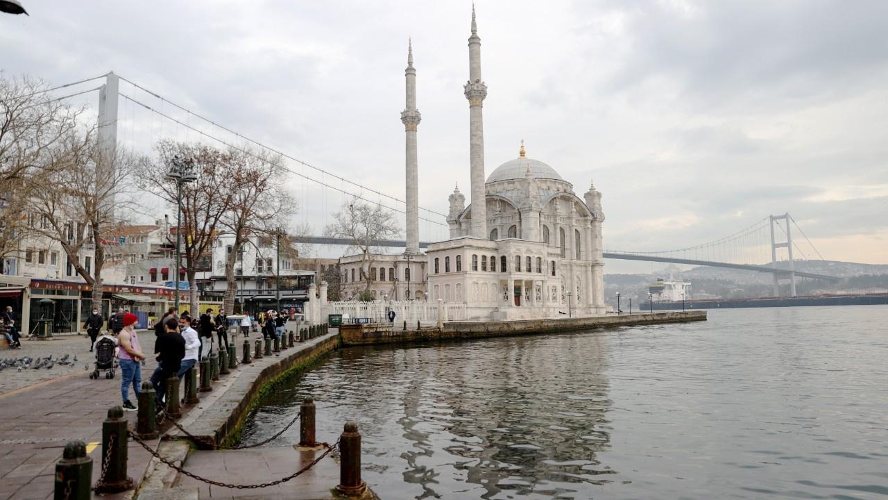 Kısıtlamada turistlerin İstanbul keyfi
