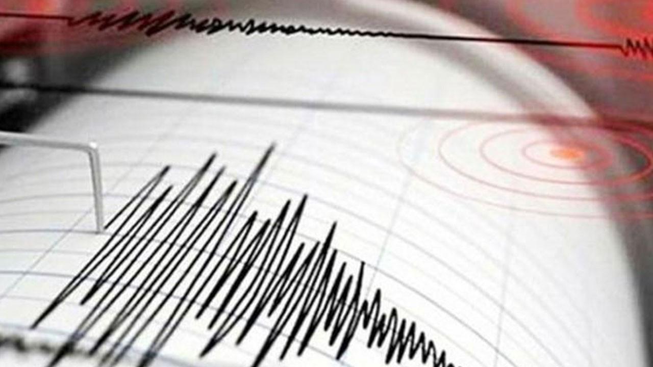 İzmir açıklarında bir korkutan deprem daha!