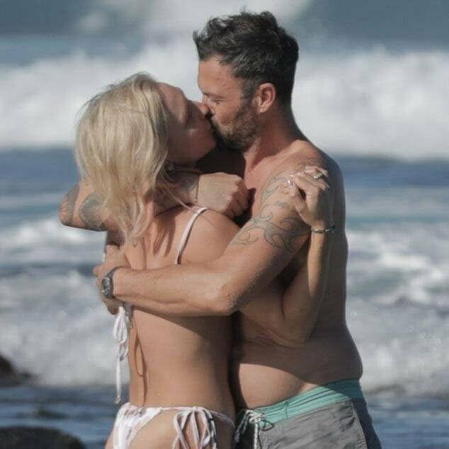 Ünlü oyuncu Brian Austin Green aşk tatilinde! - Sayfa 3