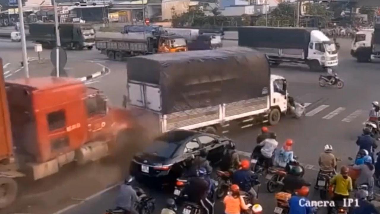 Hindistan'da korkunç kaza!
