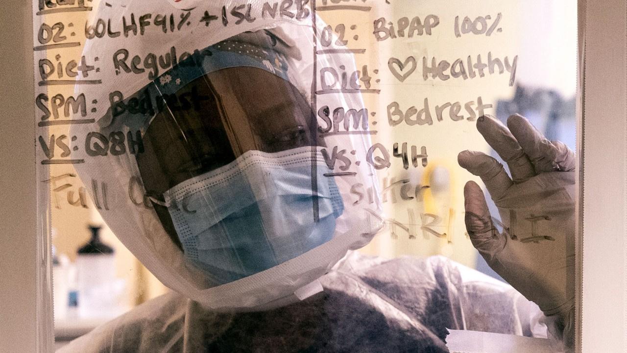 ABD'de koronavirüs ölümleri 500 bine dayandı!