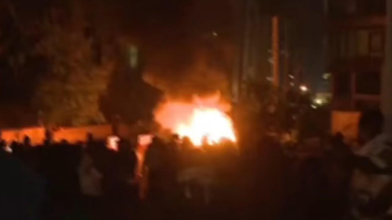 Lübnan'da eylemciler ile polis arasında çatışma!