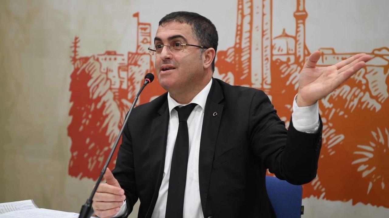 Prof. Ersan Şen koronavirüse yakalandı