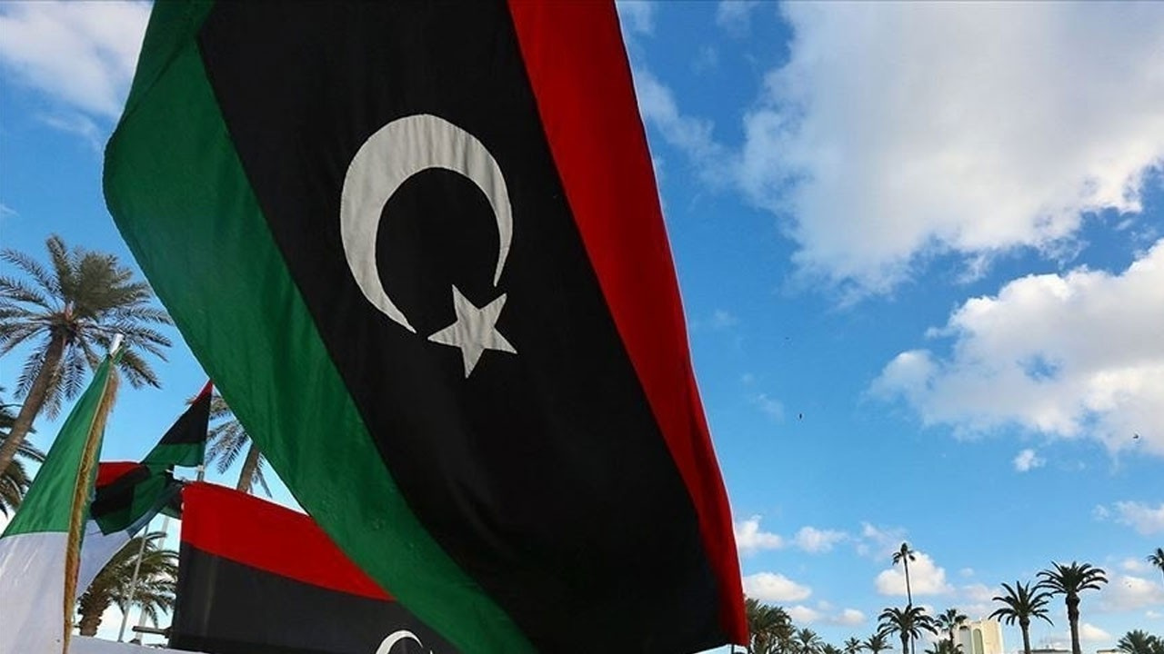 Libya'da geçici başkan belli oldu!