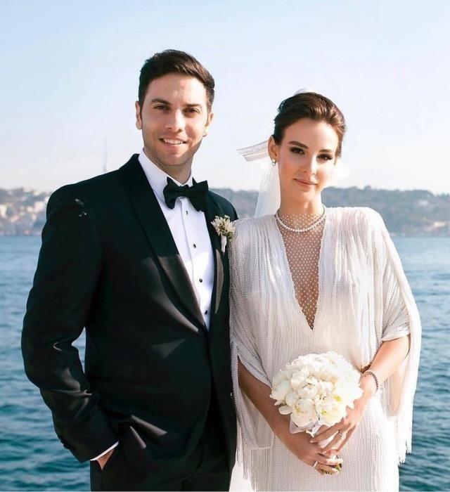Aslışah Alkoçlar ve Kaan Demirağ evlendi! İşte nikah töreninden ilk görüntüler… - Sayfa 4