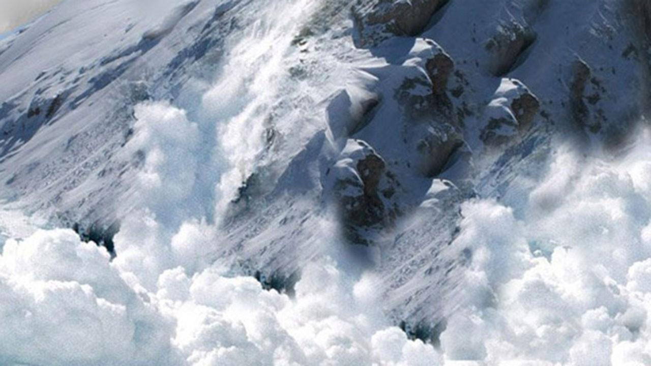 Çığ faciası... 4 dağcı hayatını kaybetti