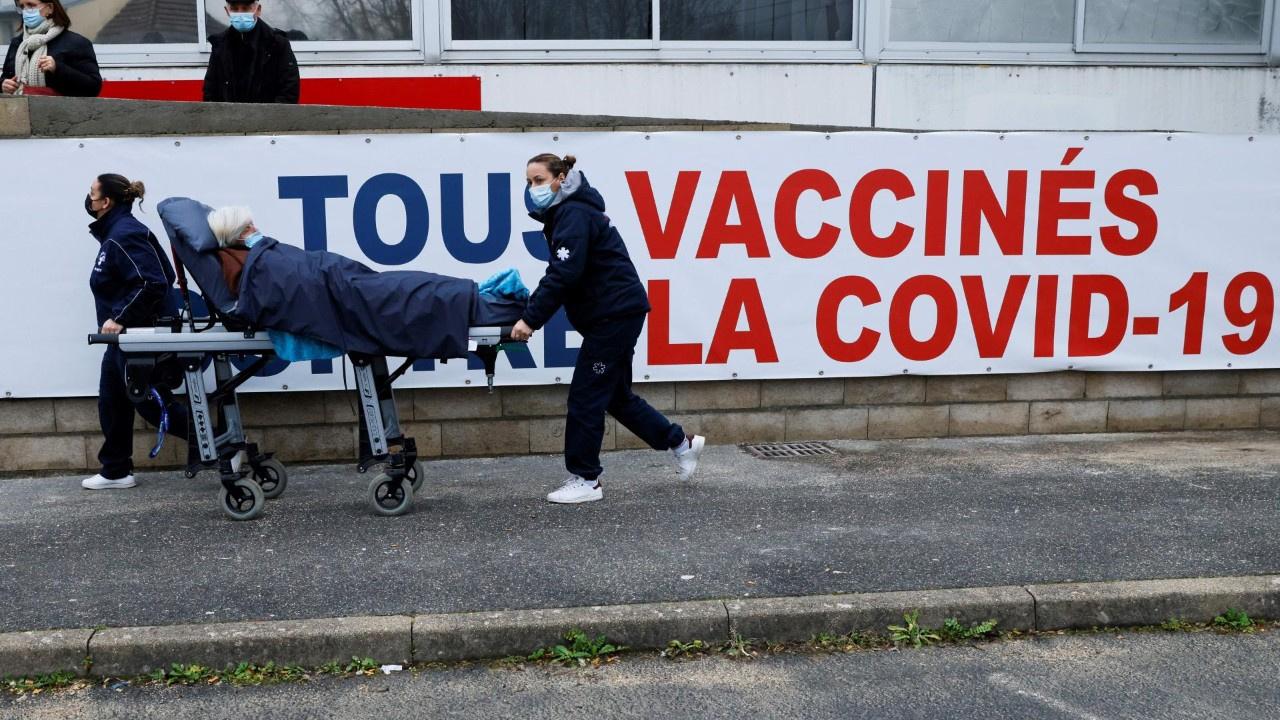 Fransa'da koronavirüs kontrolden çıktı
