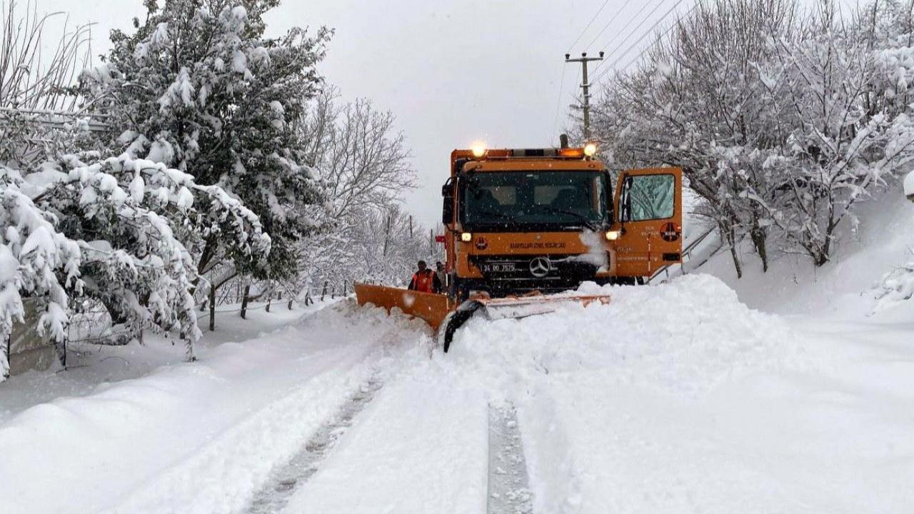 Kar yağışı eğitimi vurdu: Ertelendi