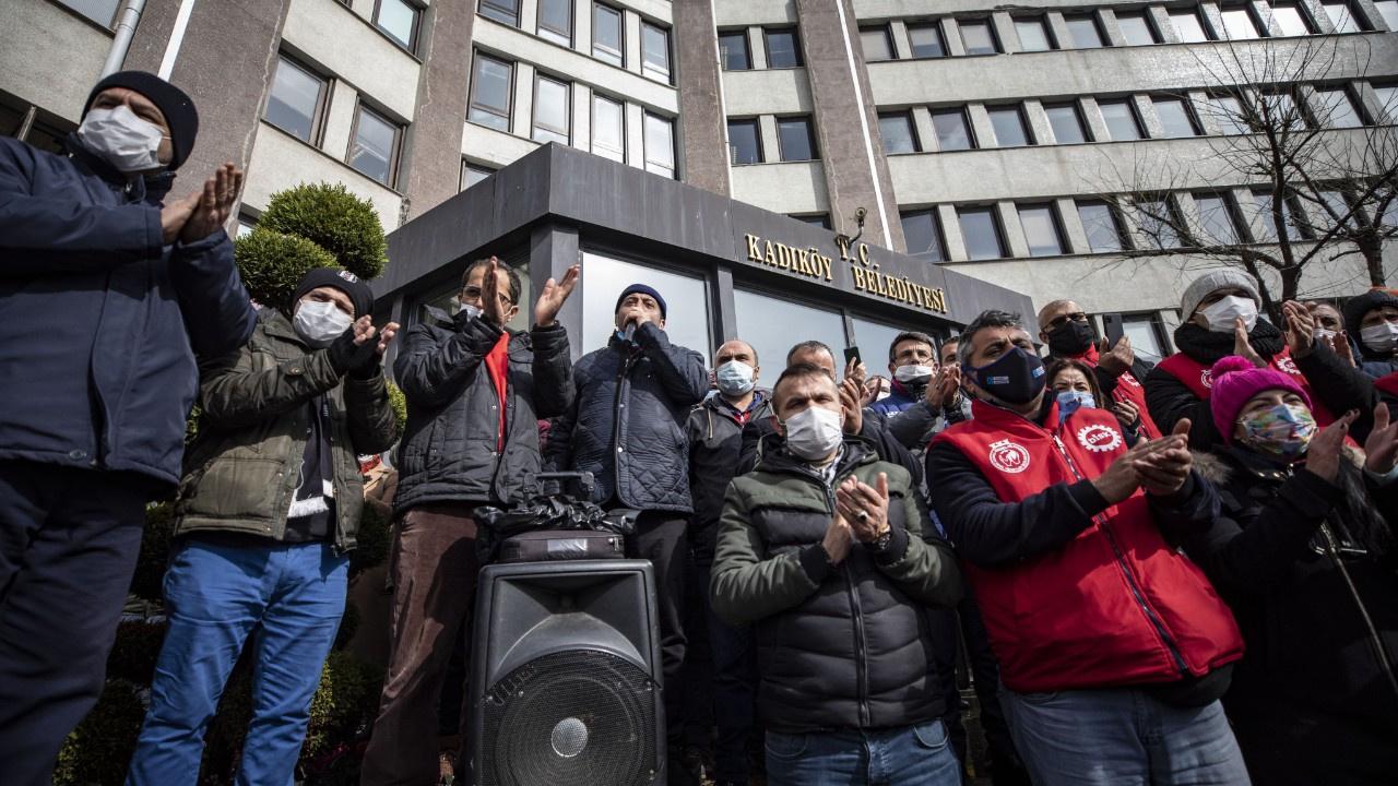 Kadıköy Belediyesi'nde işçiler greve gitti