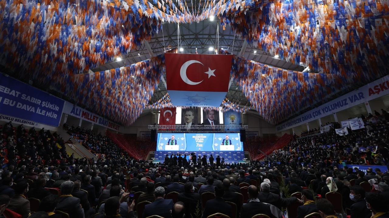 CHP:  Kongreye katılanlar karantinaya alın