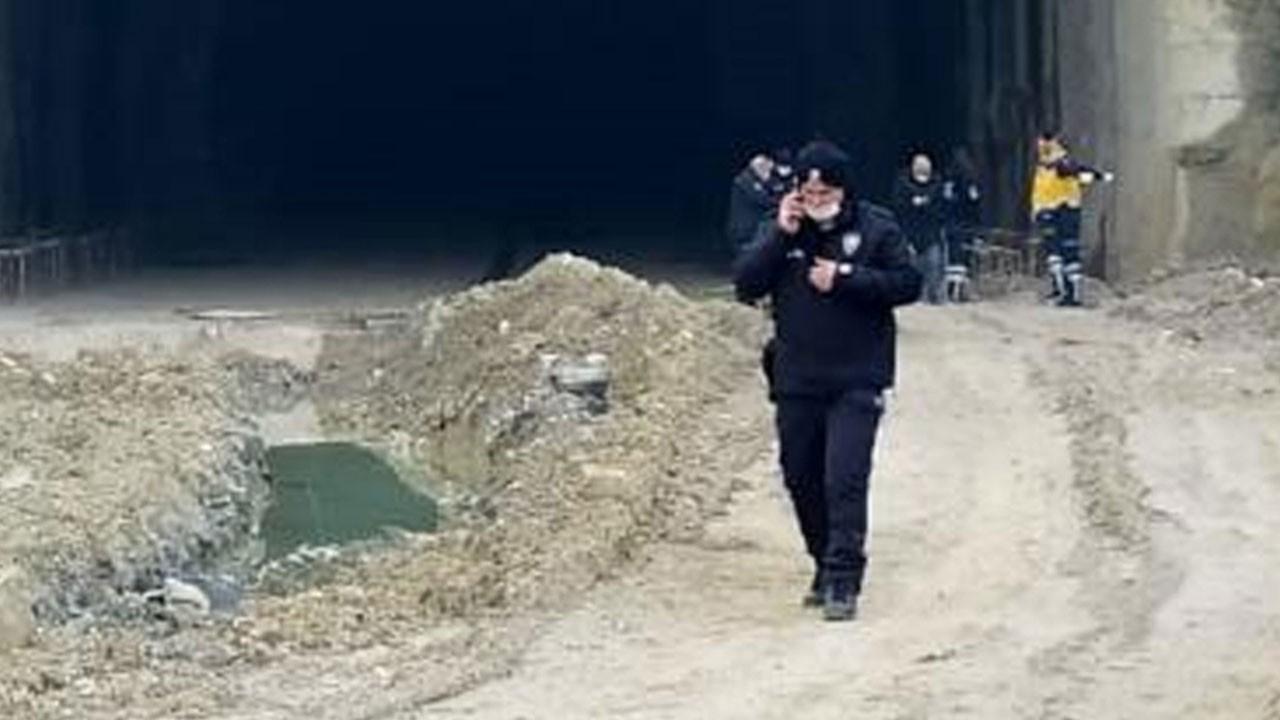 Tünel girişinde yanmış cesedi görünce şok oldular