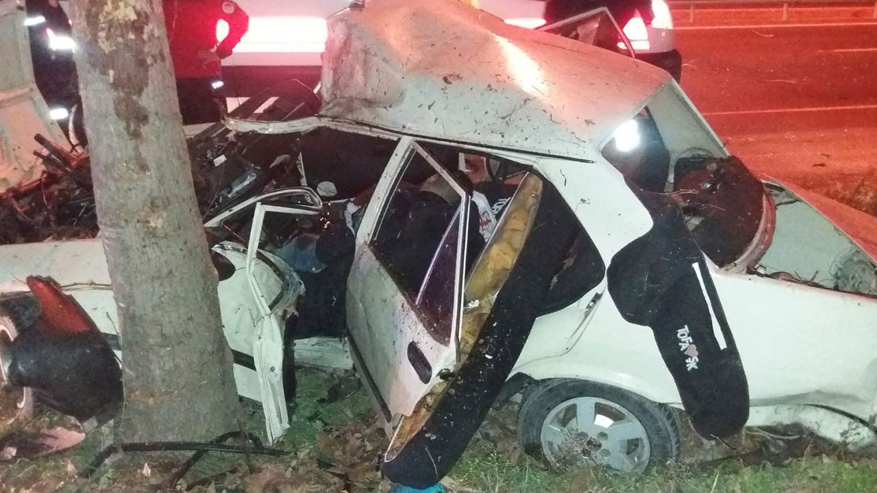 Korkunç kaza! Anne ve baba öldü 4 çocuk yaralı