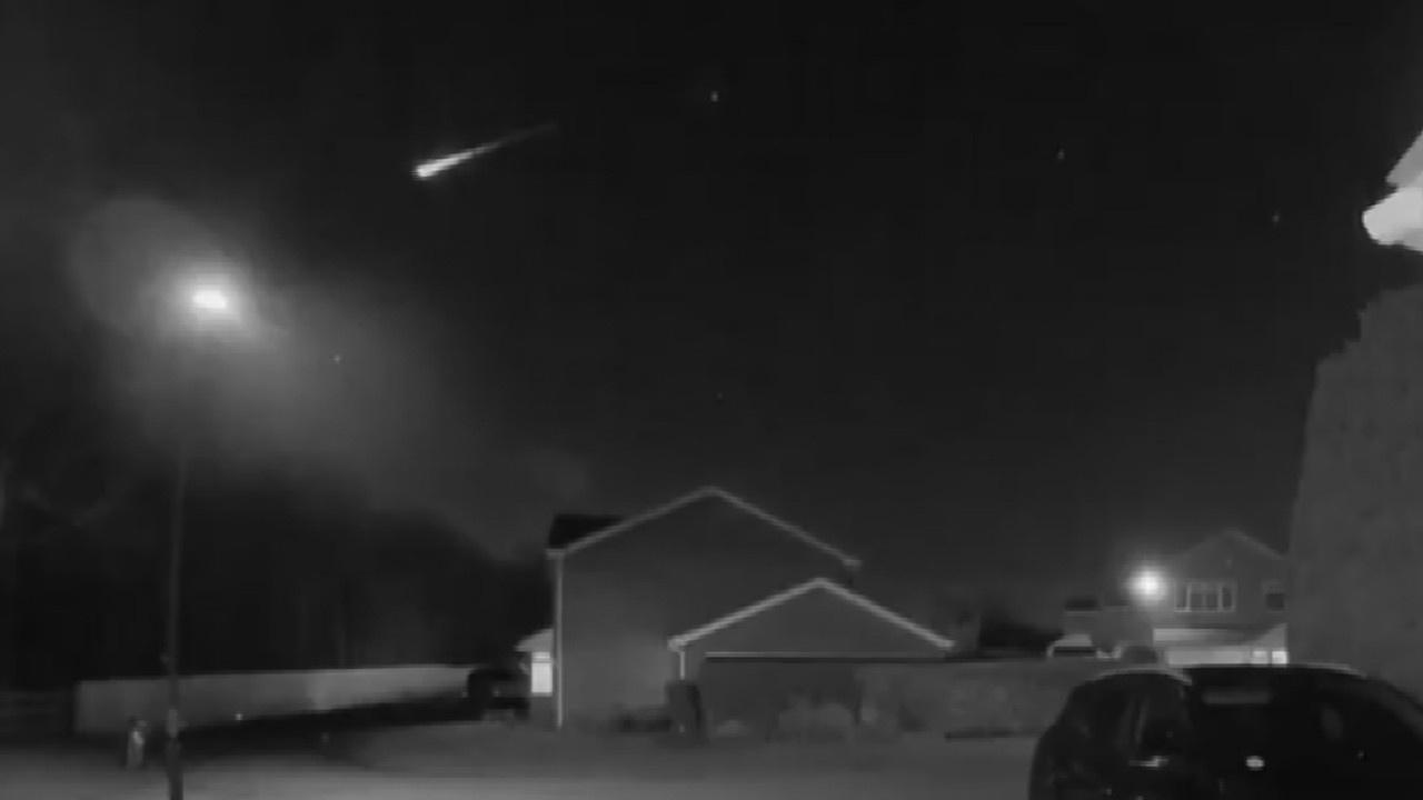 İngiltere'de dev meteorun düşüşü