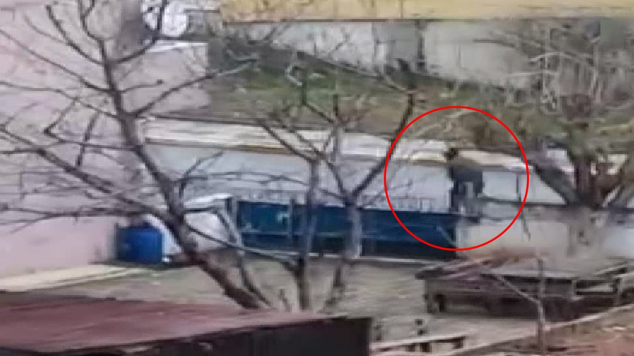 Sultanbeyli'de ağabey kardeşe silahlı saldırı
