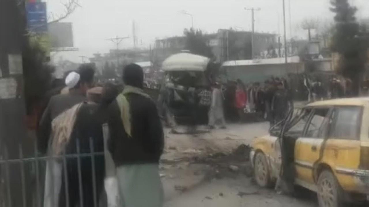 Afganistan'da minibüse saldırı: 15 yaralı