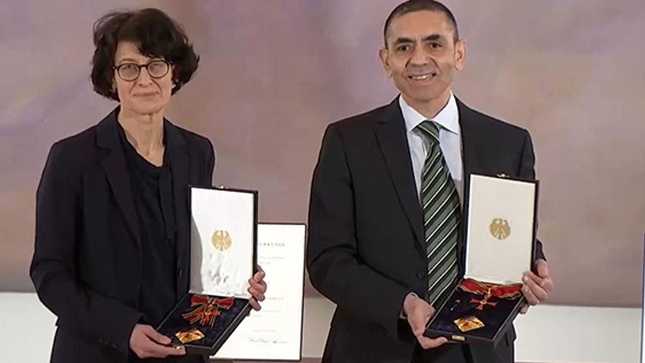 Türeci ve Şahin çiftine devlet madalyası!