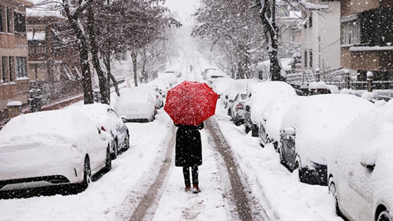 Kar yağışı nedeniyle o ilçede eğitime ara verildi