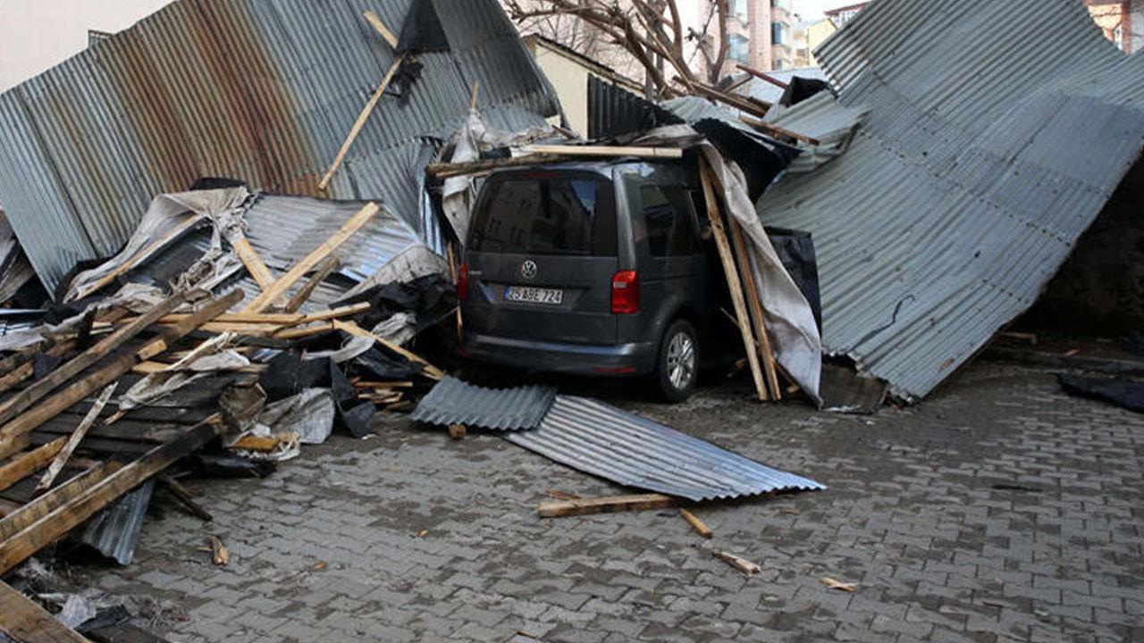 Doğu'da 4 ilde fırtına hayatı olumsuz etkiledi
