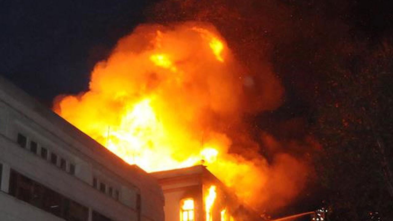 Endonezya'da yangın faciası!