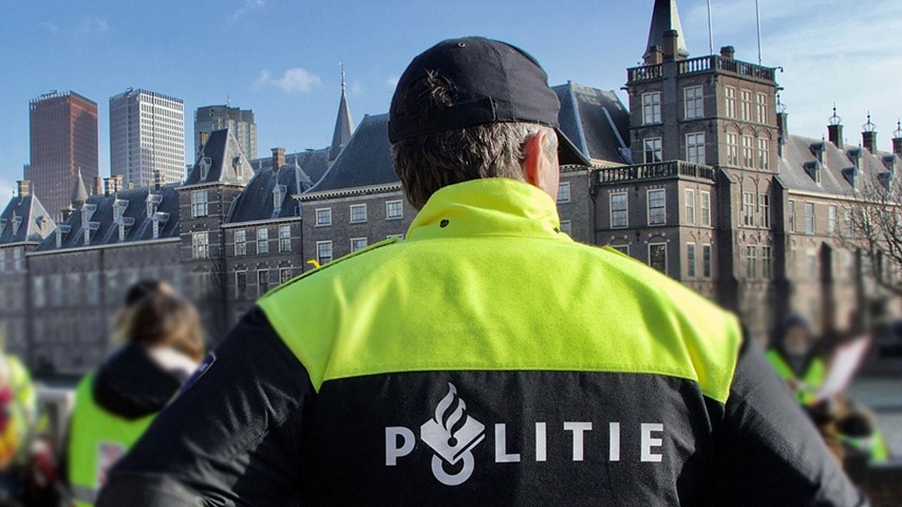 Hollanda Parlamentosu'nda bomba tehdidi!