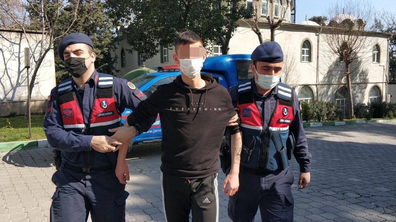 Jandarma takip etti, 17 yaşındaki genç yakalandı