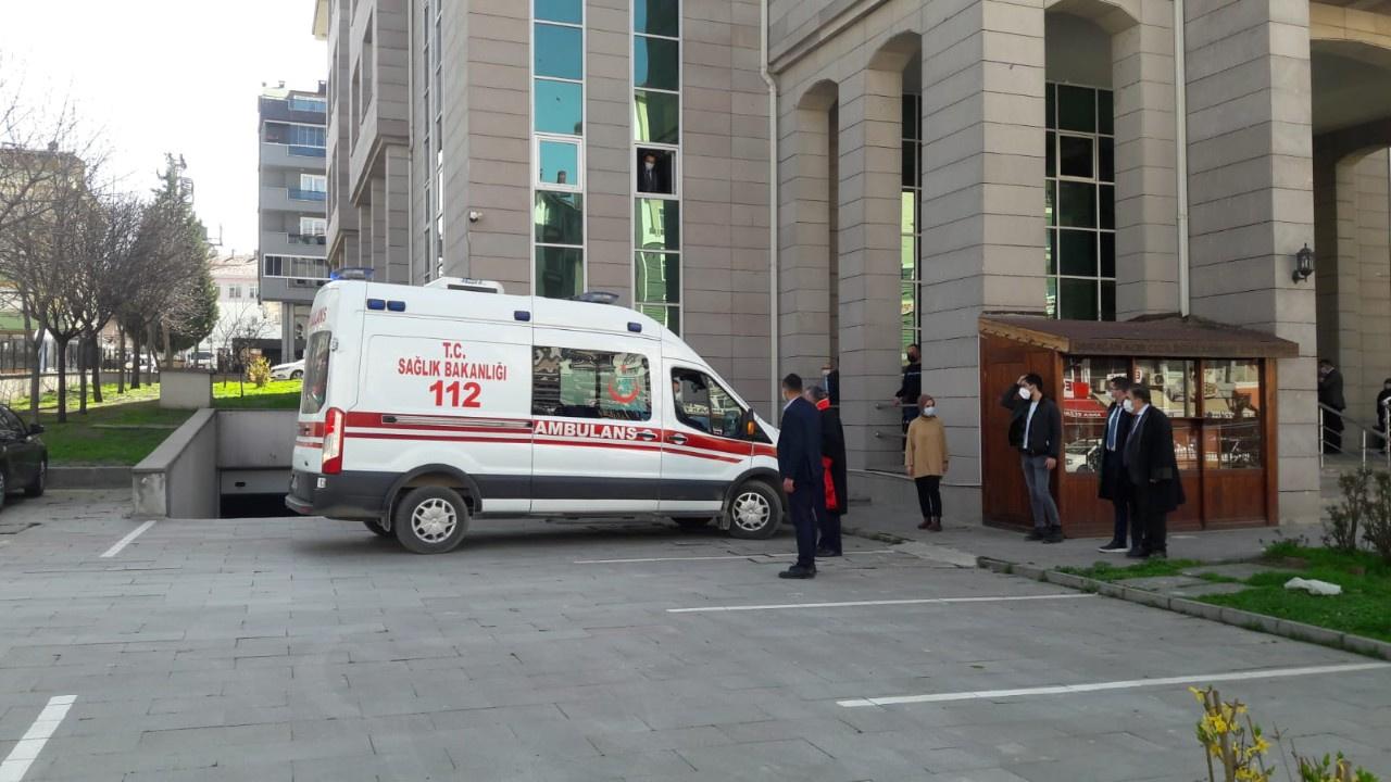 Aile hekimi mahkemede kalp krizi geçirdi