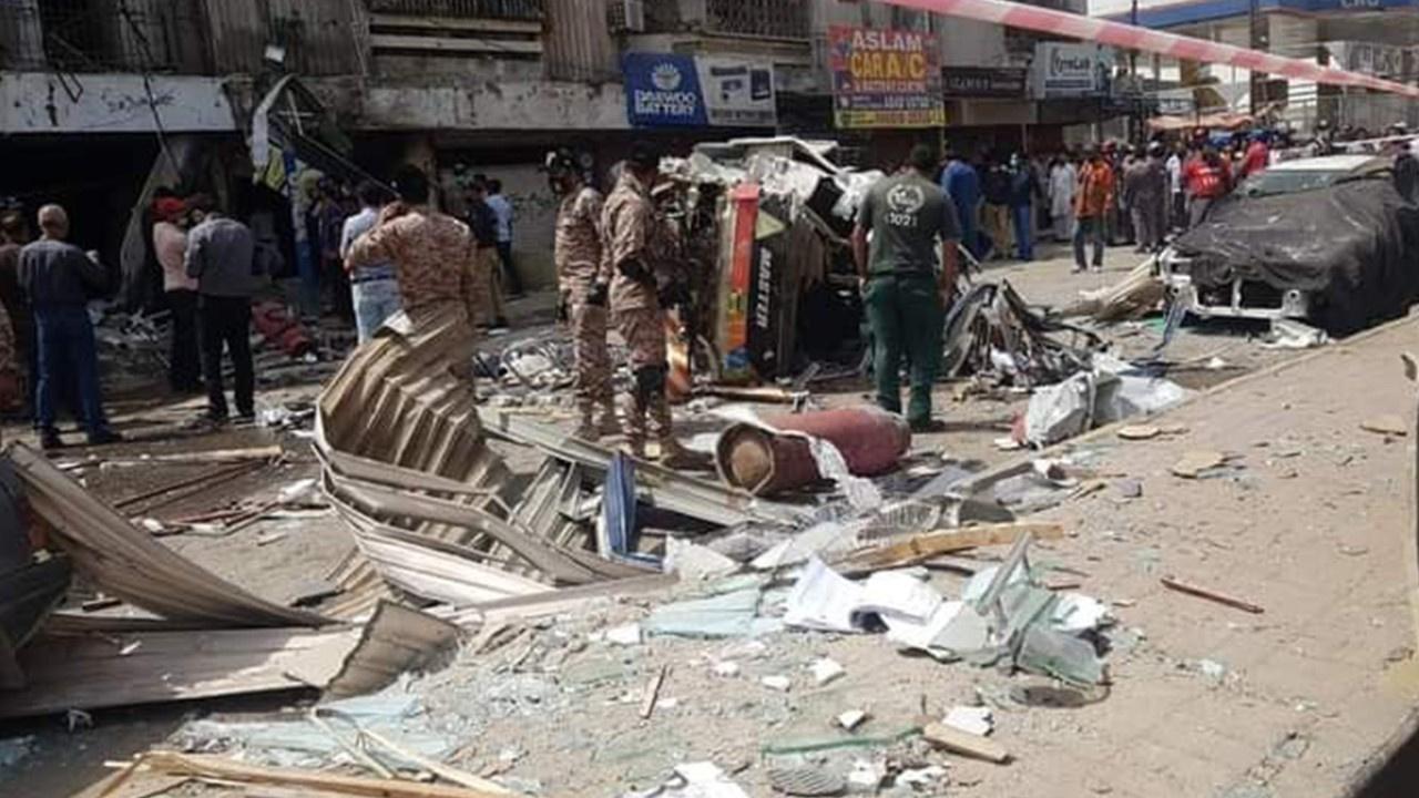 Pakistan'da patlama: 3 ölü, 6 yaralı