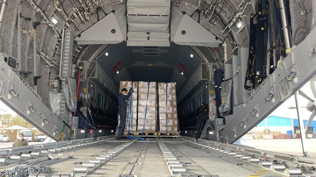 TSK 150 bin doz korona aşısını Libya'ya ulaştırdı