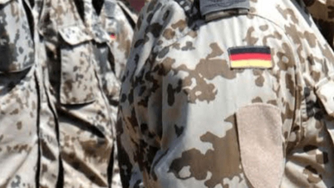 Alman ordusu Rusya'ya karşı tatbikata başladı!