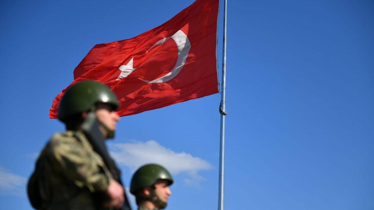 MSB: Yunanistan'a geçmeye çalışan 2 kişi yakalandı