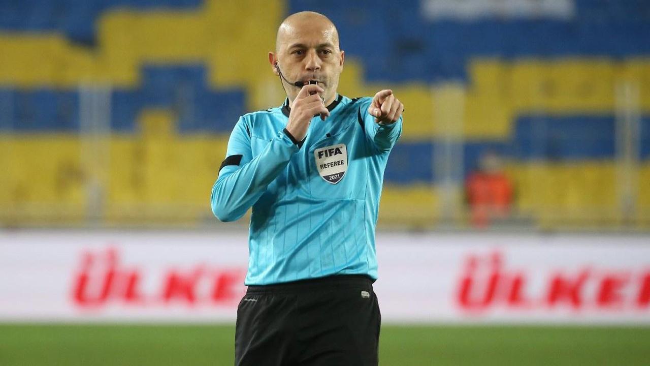 UEFA açıkladı... Cüneyt Çakır'a Euro 2020 görevi